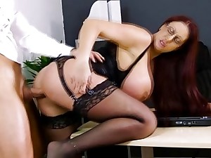 Keiran Lee receives a mouthful blowjob