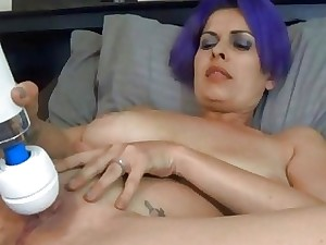 Blue Hair Amateur Getting off With Phat Vibrater