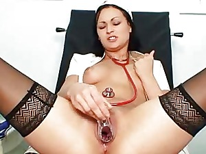 Nurse Elis Diamond fetish clinic games with vaginal spekula