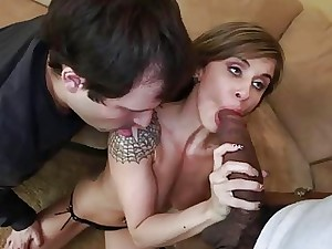 Chloe is spiralling thither appreciate boinking the whole hog be fitting of level with